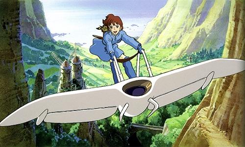 メーヴェに乗って空を飛ぶナウシカ