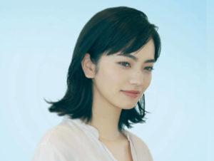 『糸』で園田葵を演じる小松菜奈